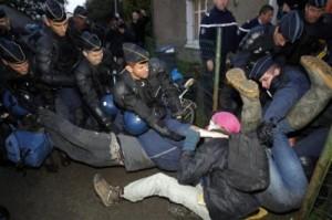 2012-10-16_eviction_ZAD_Notre_Dame_des_landes