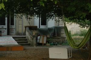 Oukaze_squatted_autonomous_space_Bègles_Bordeaux_1