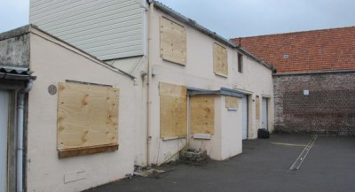 2014-02-28_3_impasse_Leclercq_Calais_boarded_up_after_illegal_eviction