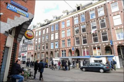 2014-04-13_kraak_Vluchtmarkt_Ten_Katestraat_Amsterdam_