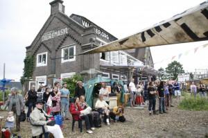 Op de Valreep: Vibrant and Lively (Photo: Op de Valreep)