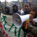 2014-02-09_Amsterdam_Wij_Zijn_Hier_demonstreert_bij_De_Rode_Hoed_