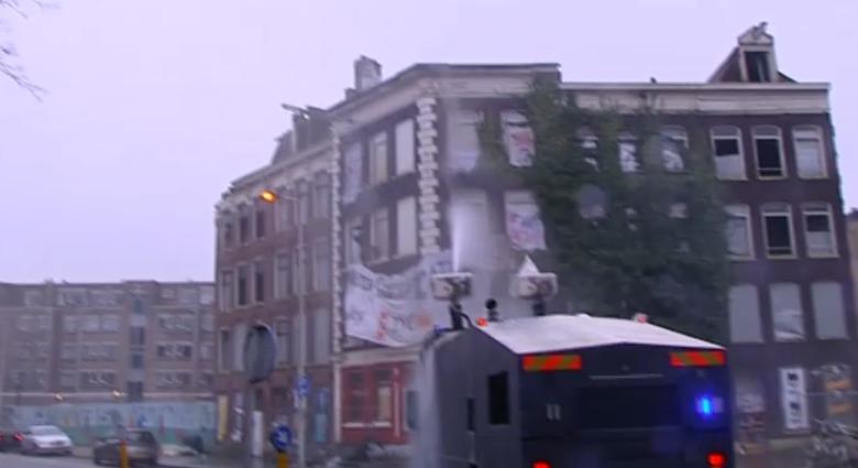 20150120_Amsterdam_eviction_Pieter_Vlamingstraat_98_Amsterdam_03