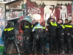 cops-paint-spui