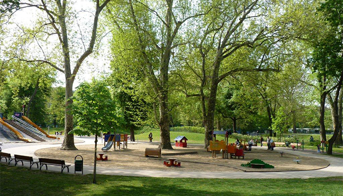 Hungary: The plight of a Budapest city park