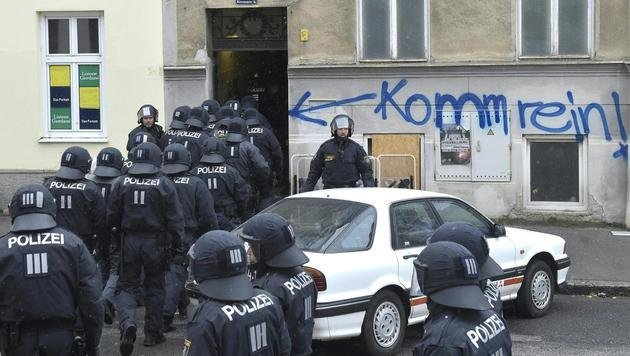 20170419_eviction_Kienmayergasse_15