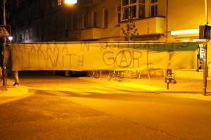 Rigaerstrasse_soli_banner_Gare_squat